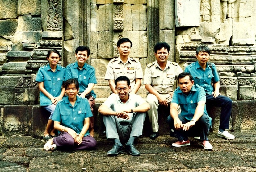 MPannell with Coworkers in Surin_1993