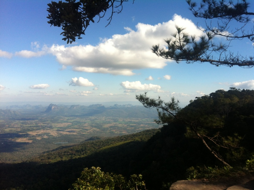 Phu Kradeung NP-cliff view